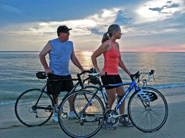 BikesonBeachCreditCBESBetweentheWatersBikeTour